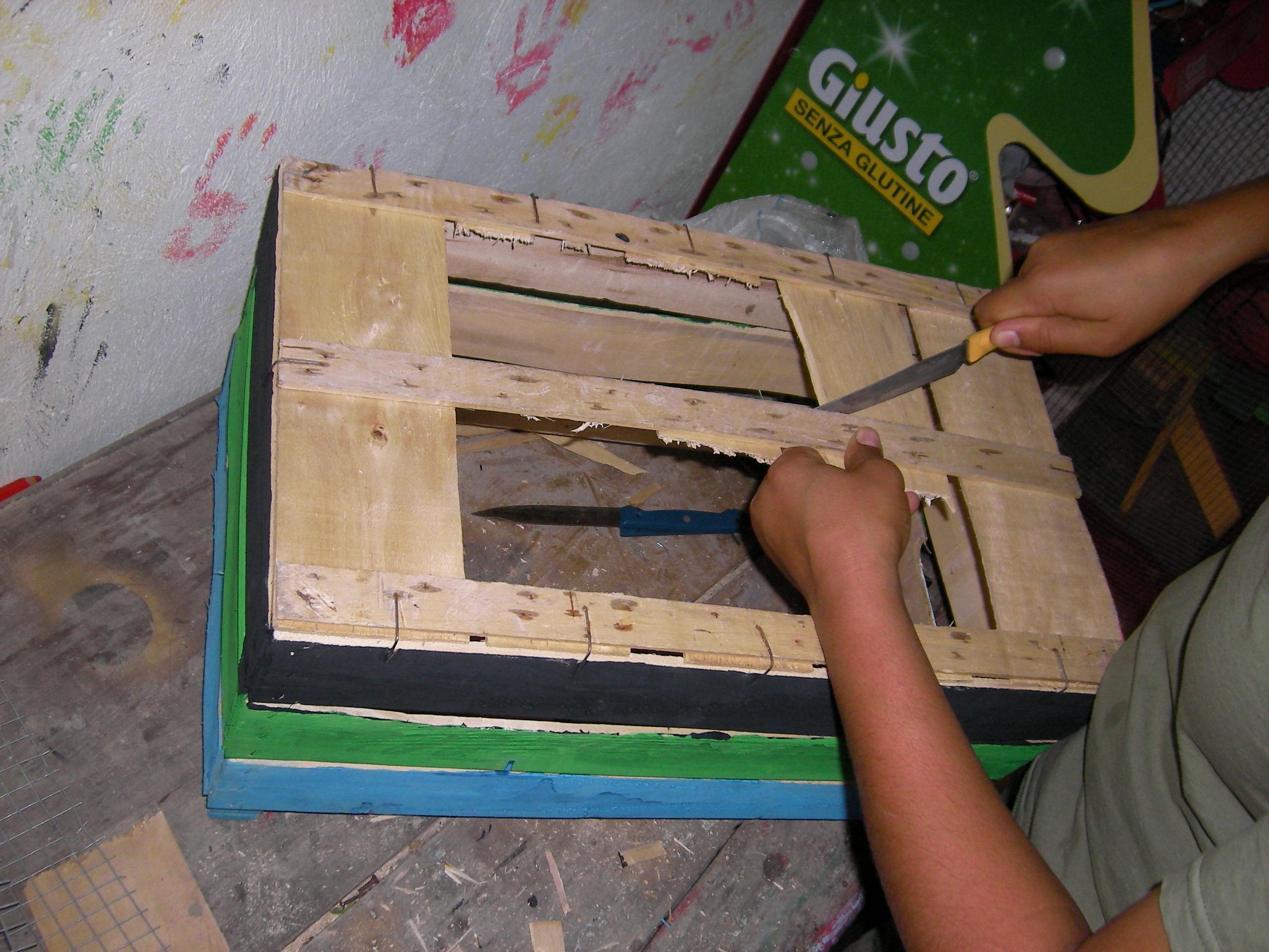 Costruzione di una compostiera giacche verdi bronte for Costruire compostiera